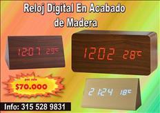 VENDO RELOJ DIGITAL EN ACABADO DE MADERA