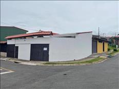 Bella propiedad con 2 casas de lujo en Moravia, San José.