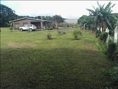 Se vende casa en lote grande, San Rafael de Heredia