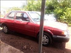 Ganga vendo Nissan Sentra mod 90