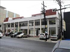 RENTO OFICINA EN LOMA GRANDE 2705-101 A (EXCELENTE UBICACIÓN