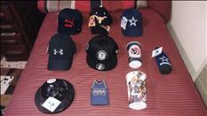 Gorras deportivas y bufandas