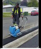 Plancha vibratoria con motor a gasolina