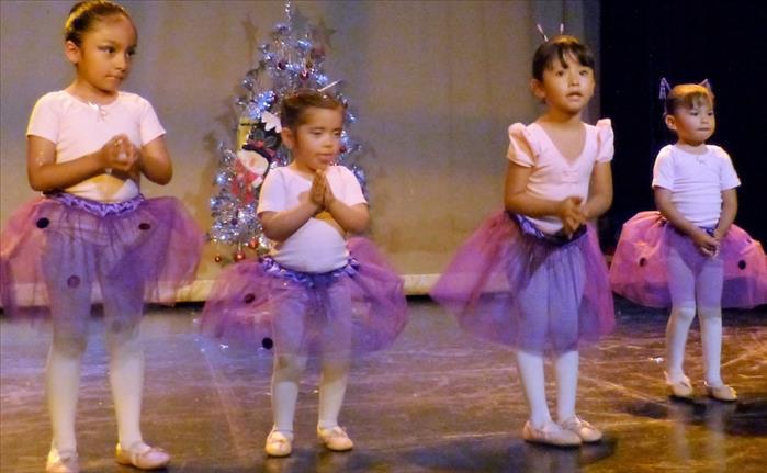 Clases EN LINEA Danza Niños, Sábados, Sur, MEDIAS BECAS