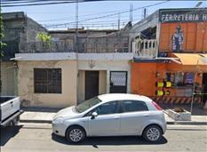 Casa con potencial en Av. San Bartolo a $1'190,000