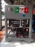 COMPRESOR DE TORNILLO DE 25 HP MARCA FERMON 220/440V