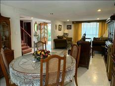 Magnifica casa con excelentes espacios en Coapa