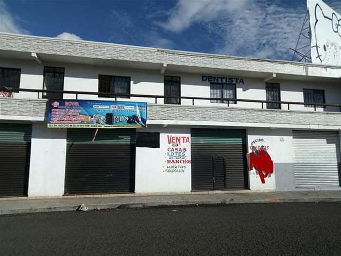 *RENTA DE LOCALES COMERCIALES DE 20,30 Y 70 M2.