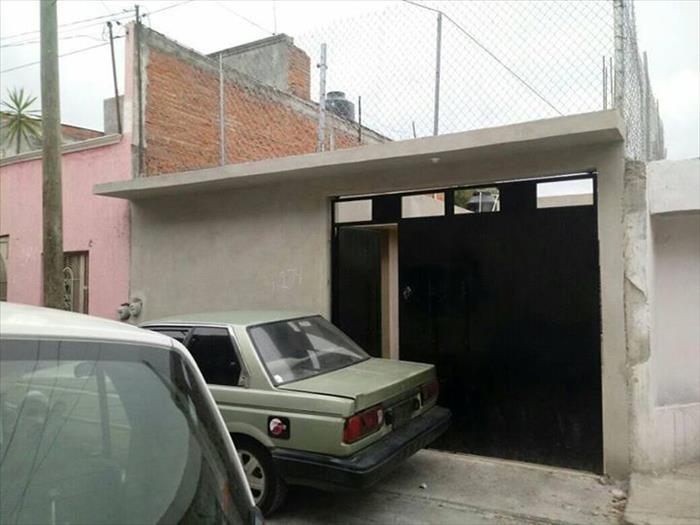 VENDO CASA COL. SOLIDARIDAD