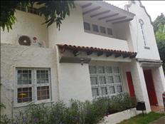Vendo hermosa vivienda en VALLE DE SANTO DOMINGO