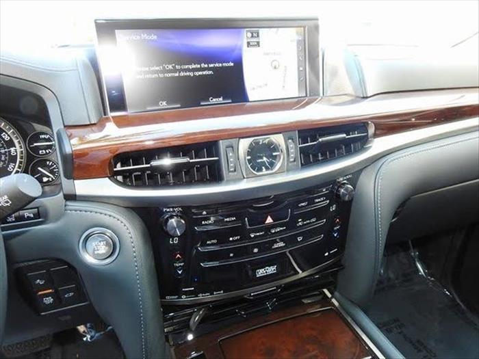 Neatly Used Lexus LX 570 2019