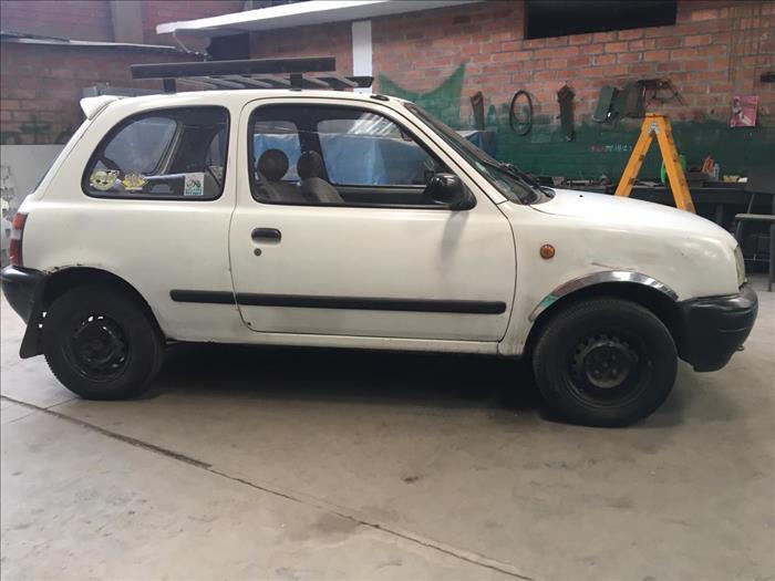 Vendo Nissan March 1992