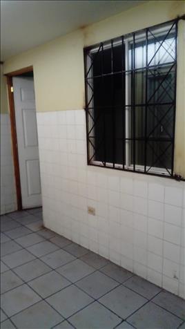 Habitaciones Por Estadio Flor Blanca
