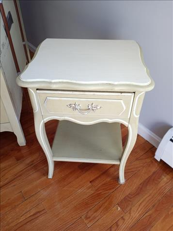 Girls' Bedroom Furniture Set